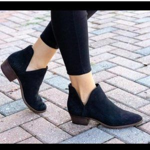 💥Sale Lucky Brand Baley Booties size 6